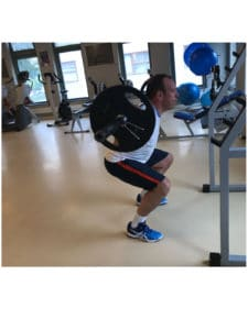 review healthtime tevreden sporter klant man squat